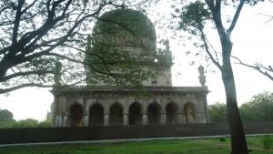 Tombs of Qutub Shah clan 8