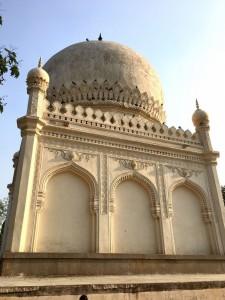 Tombs of Qutub Shah clan 4