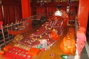 patali lete hanuman garbhgrah